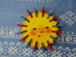 солнышко из прищепок