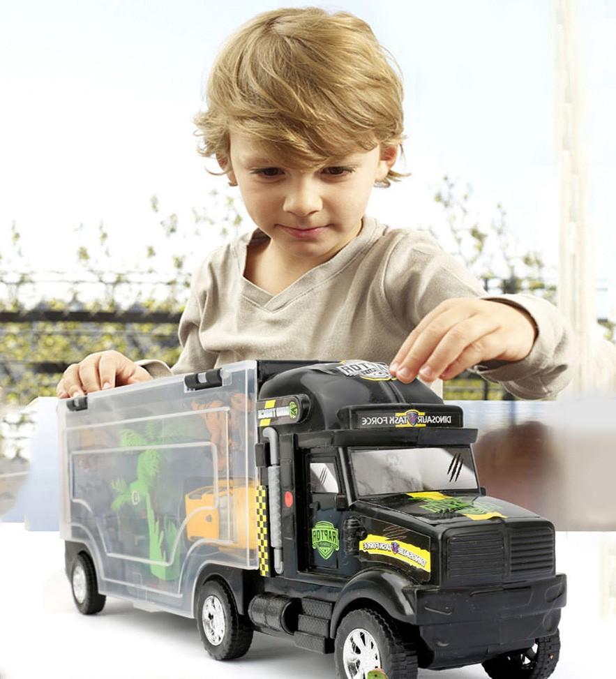 грузовик и ребенок